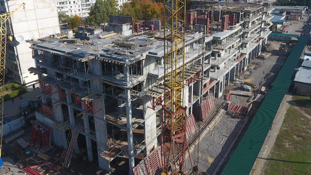 октябрь процесс строительства харьков континенталь